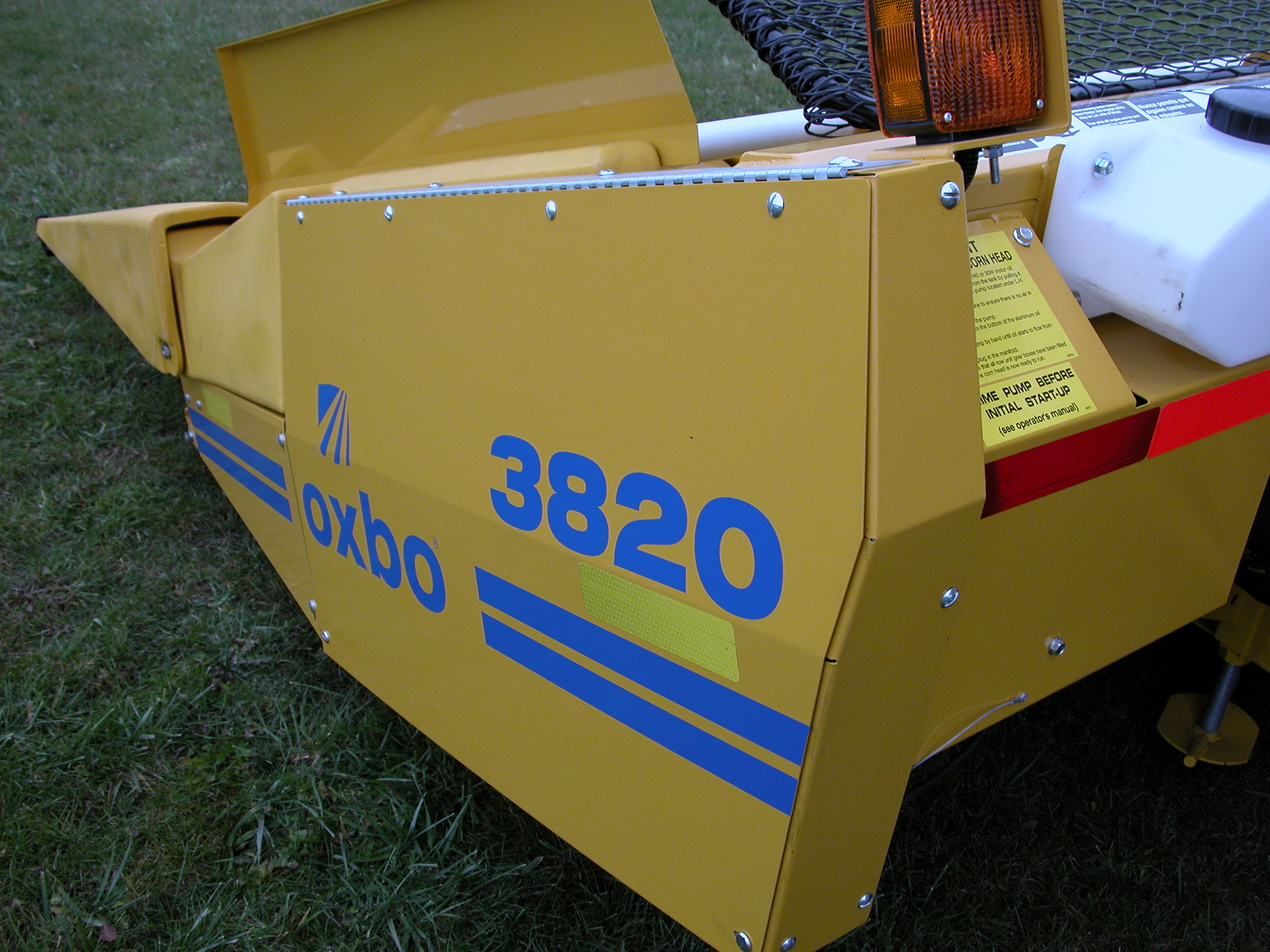 Oxbo 3000 Series Corn Heads