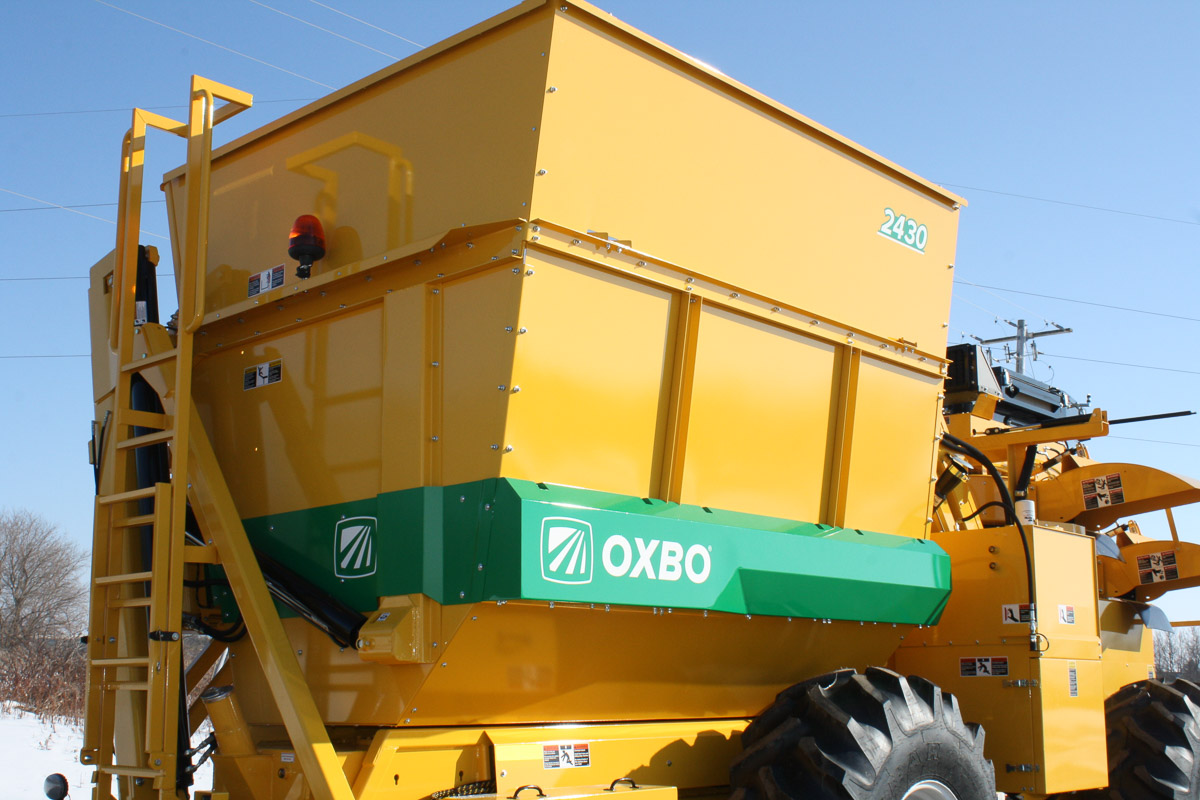 Oxbo 2430 Pepper Harvester