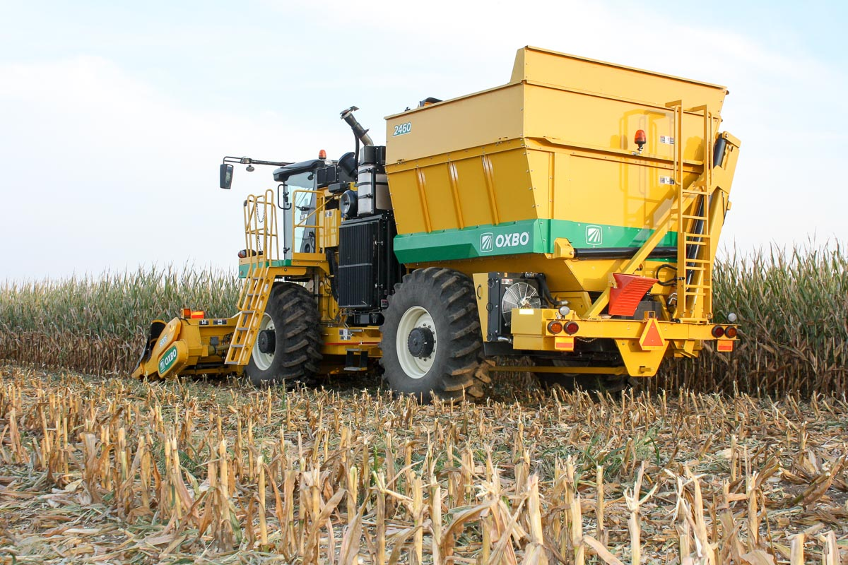 Oxbo 2460 Seed Corn Harvester Features and Benefits