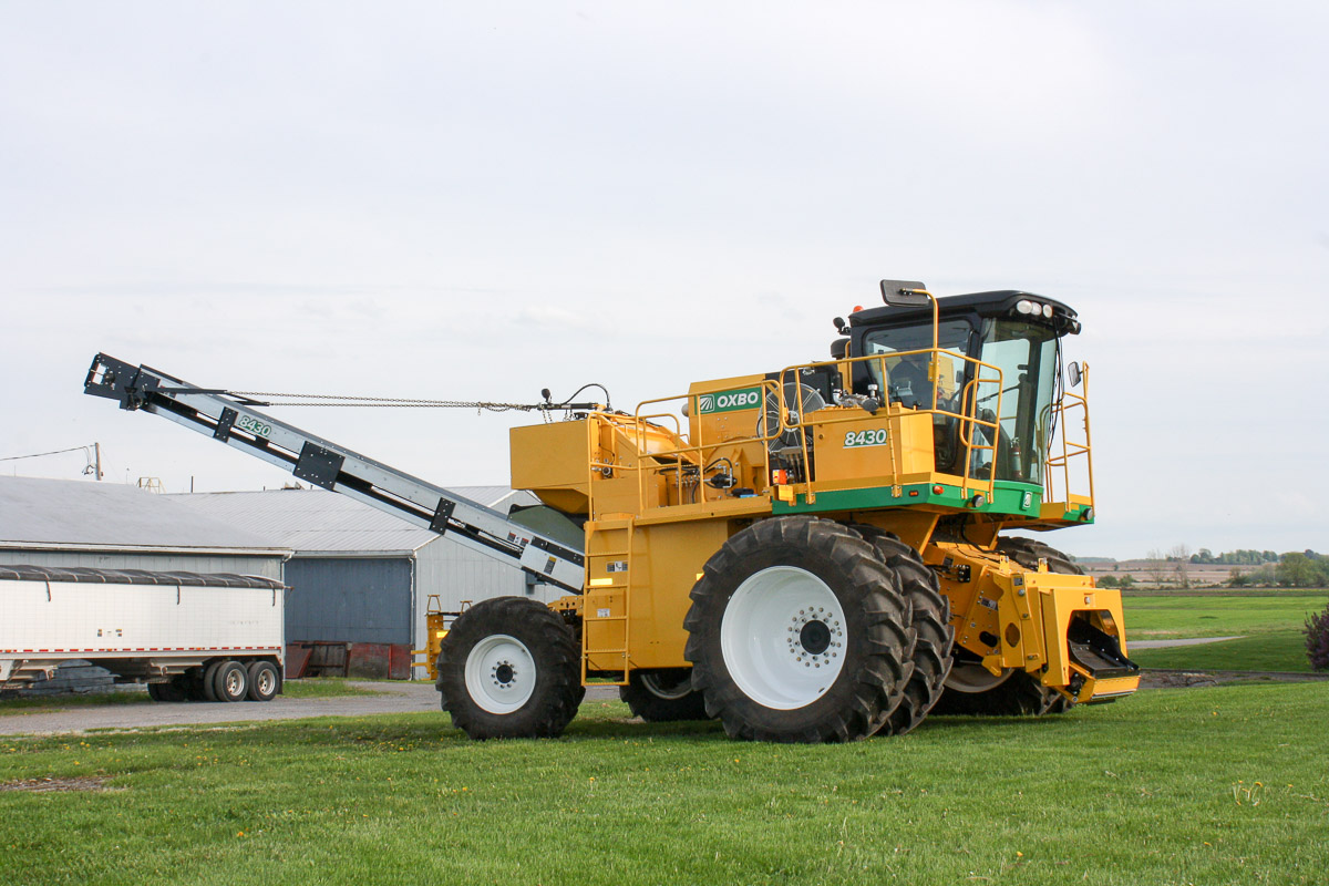 Oxbo 8430 Seed Corn Harvester Features and Benefits
