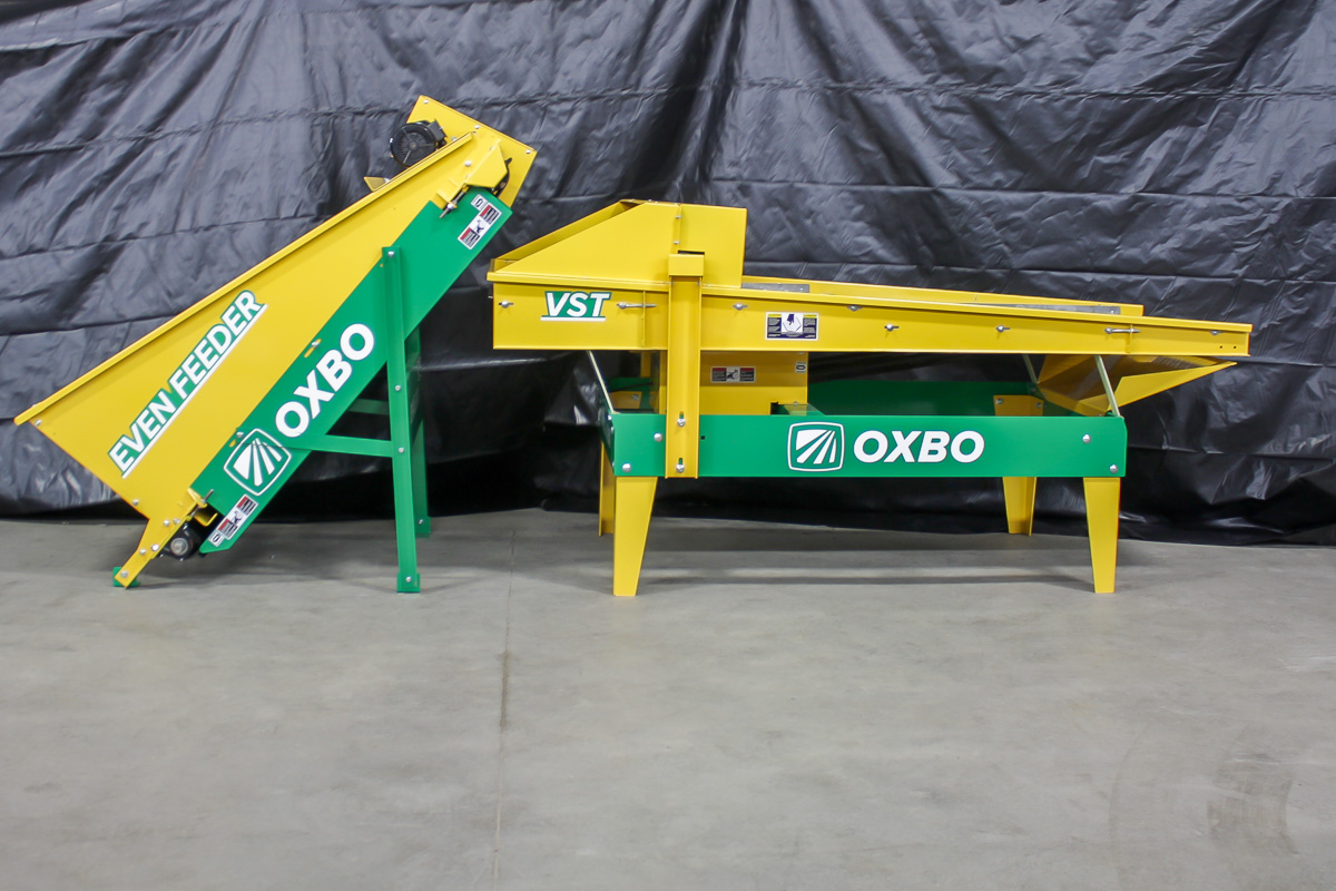 Oxbo Pixall Vibratory Sorting Table and Even Feeder for Fresh Market Beans