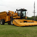 Oxbo 2485 Sweet Corn Harvester