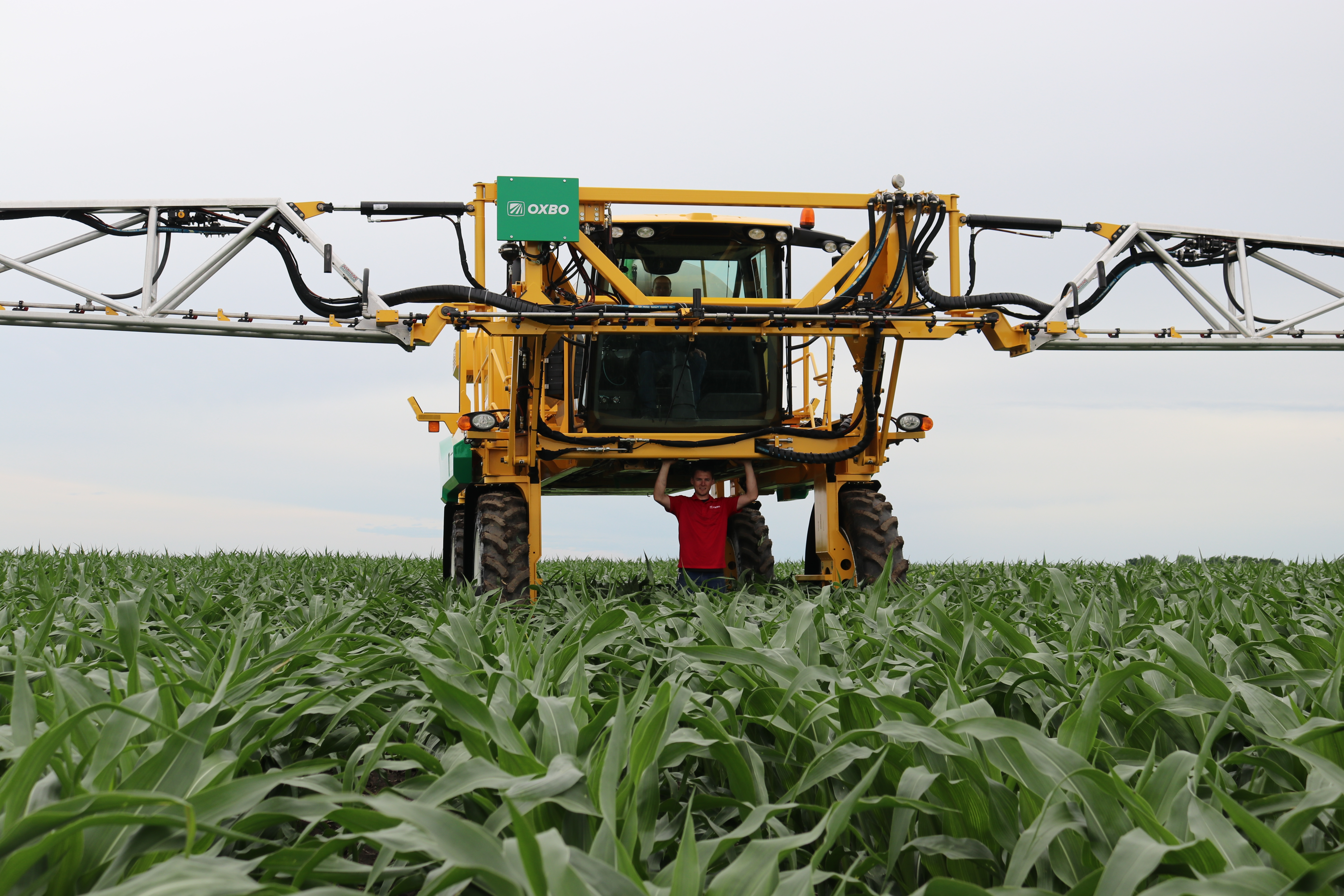 Oxbo 7550 Sprayer