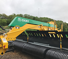 Oxbo 334 wide swath, triple merger