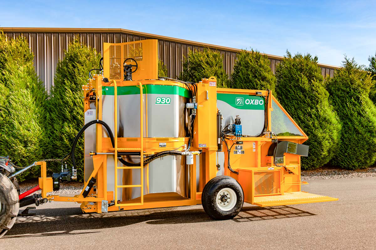 Oxbo 3016XL grape harvester